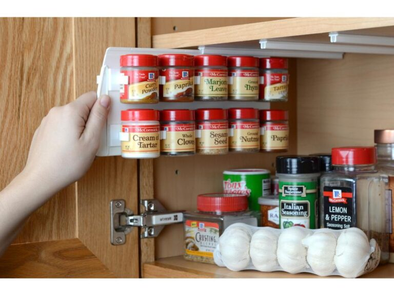 Best Tips to Organize Your Spice Rack