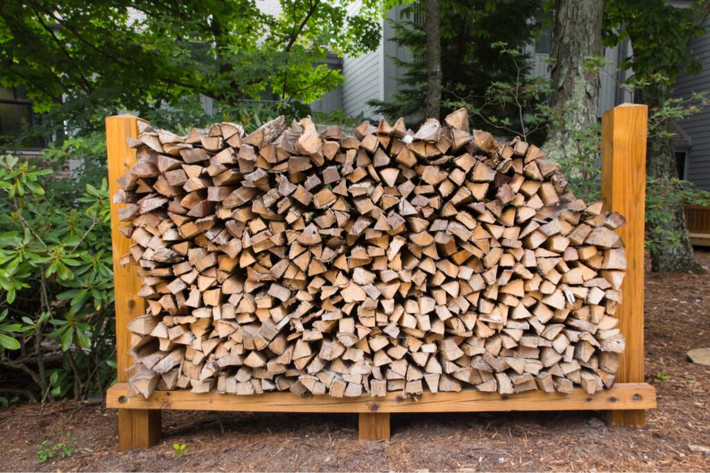 How To Use Firewood Rack - Tips For Storing Firewood